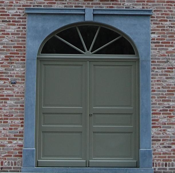 PVC deuren in klassieke of moderne modellen: u kiest!