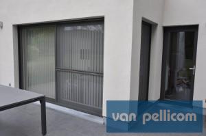 Les avantages d une porte fen tre coulissante en pvc van pellicom for Porte fenetre coulissante pvc